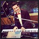 Piano Player 9752